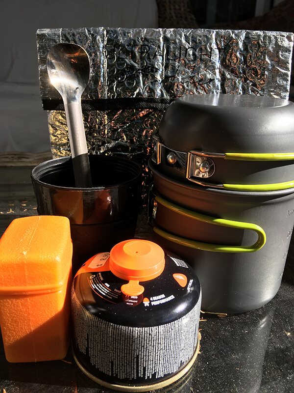 Cooking pot, cup, stove, gas spoon, food cosy